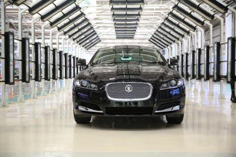 20140106060243_Jaguar XF 2.0 petrol