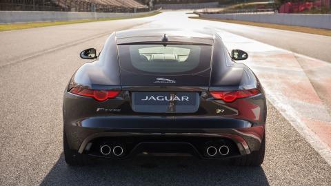 2015-Jaguar-XF-Supercharged-Rear-Wallpaper
