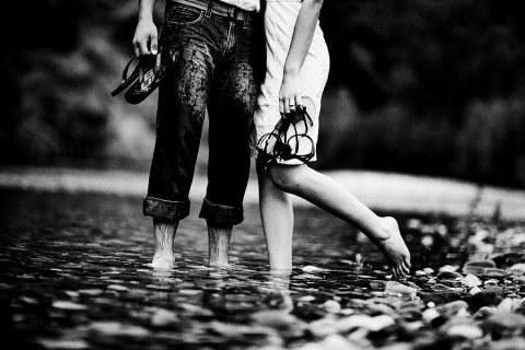 Barefoot_couple kenya